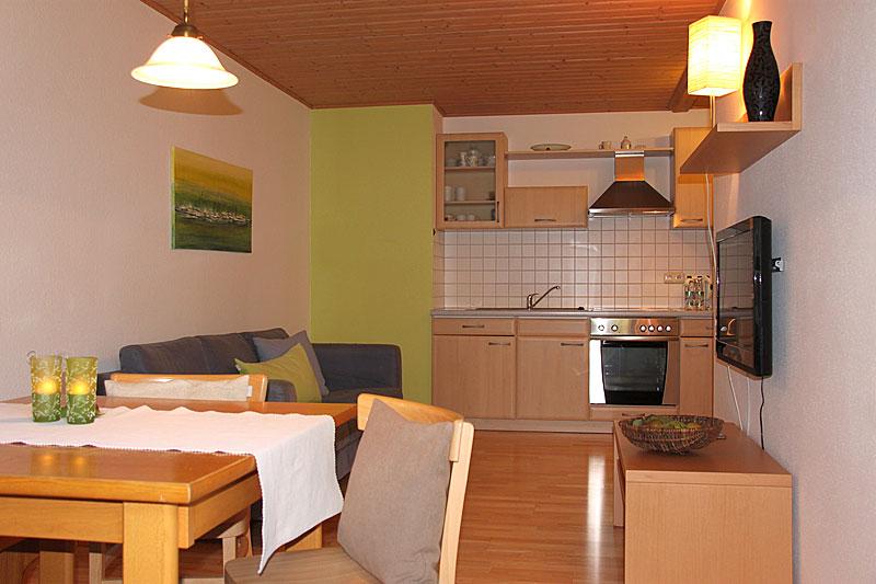 wohnen 4 sterne 5 sterne ferienwohnungen auf dem bauernhof im bayerischen wald. Black Bedroom Furniture Sets. Home Design Ideas